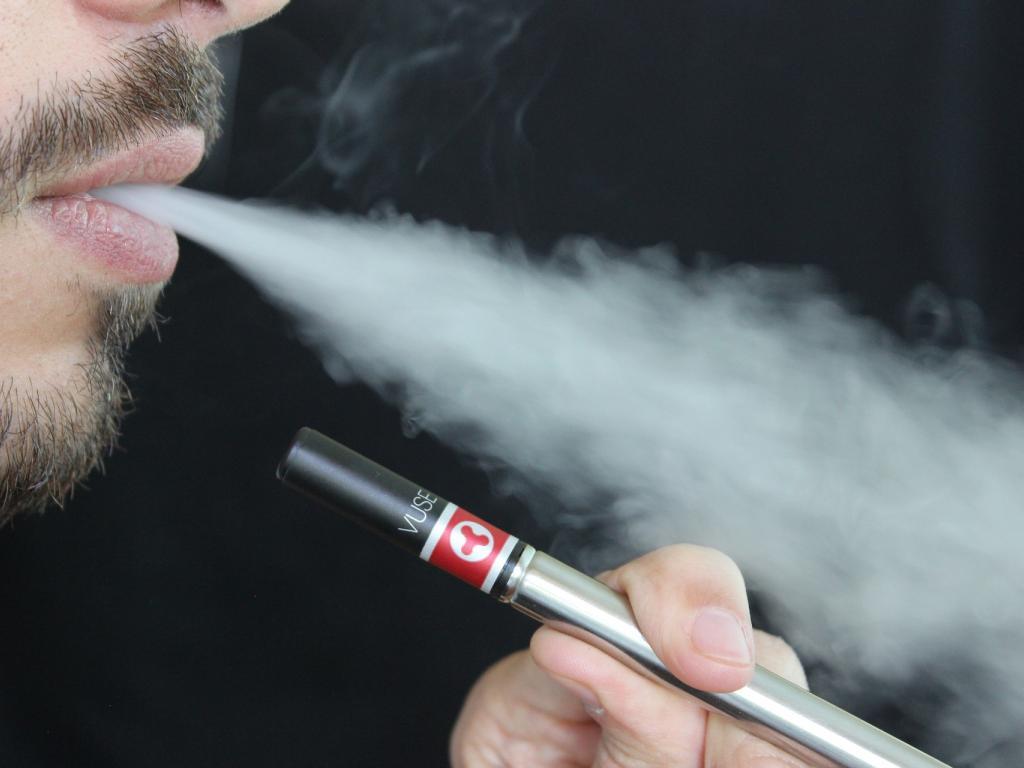 FDA cracks down on e-cigarette sales to kids
