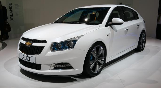 GM Halts Deliveries on Some Chevrolet Cruze Models