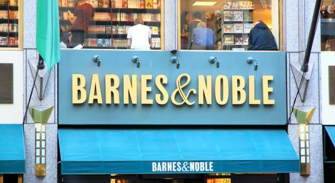 "Barnes & Noble Falls as Nook Sales ""Short of Expectations"""