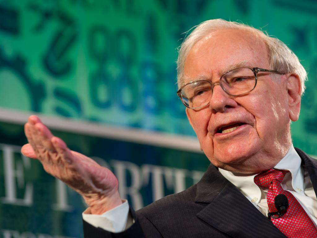 Berkshire sets record as Trump boosts prospects, Buffett's wealth