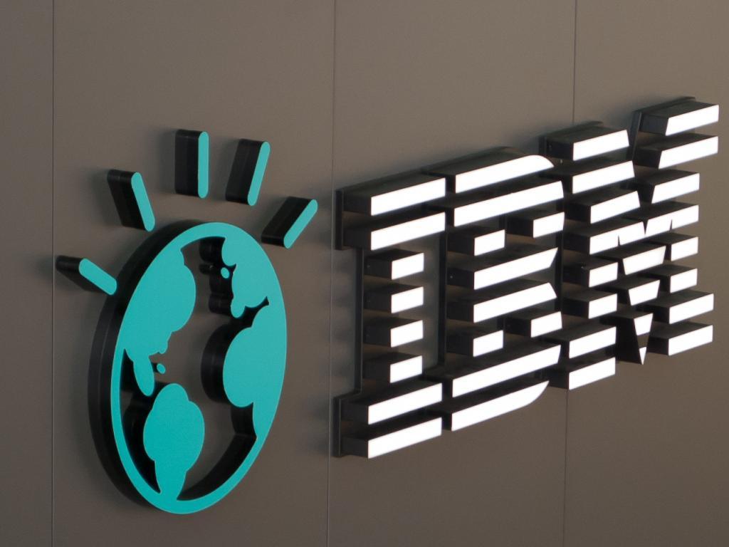 Buffett Acknowledges Mistakes In IBM Analysis (NYSE:IBM)(NASDAQ ...