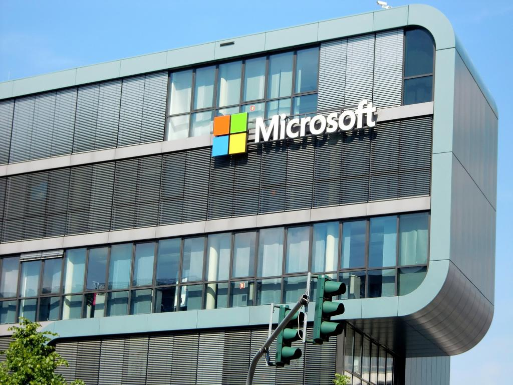 Microsoft Releases FY16 Q4 Results With Promising Windows Performance