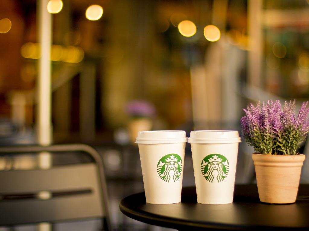 Credit Suisse Group AG Reaffirms Neutral Rating for Starbucks Co. (SBUX)