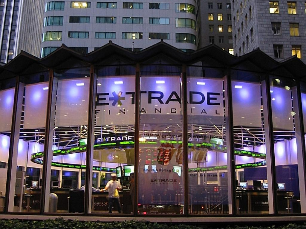 credit suisse reinstates e trade financial with outperform
