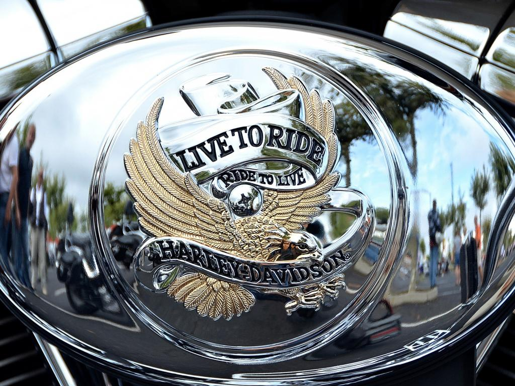 Bernstein Cuts Rating On Harley-Davidson, Inc. (HOG) To