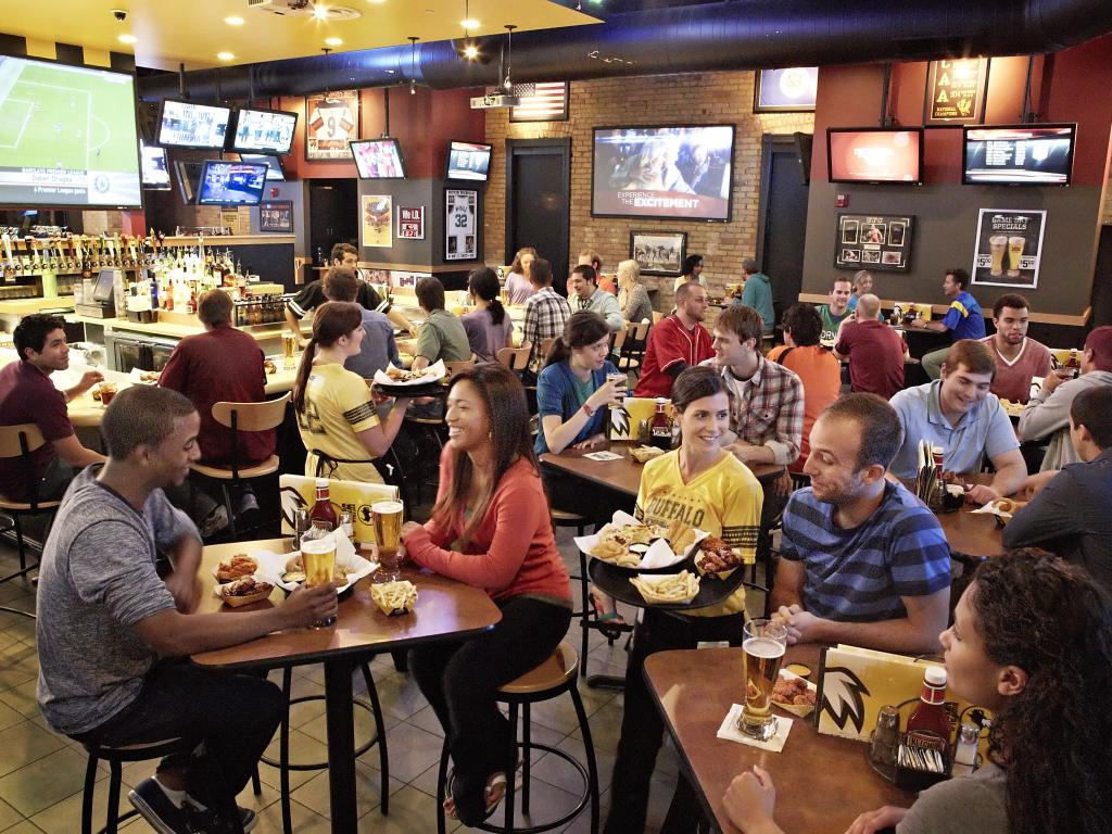 Buffalo Wild Wings' (BWLD) Hold Rating Reaffirmed at Wedbush