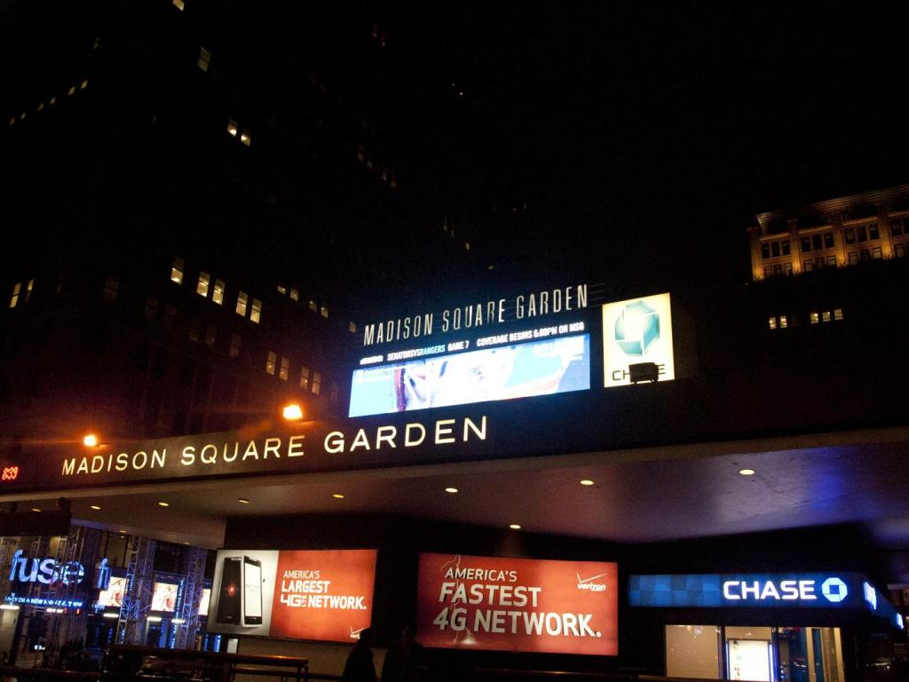 Aperio Group LLC Lowers Stake in MSG Networks Inc. (NYSE:MSGN)