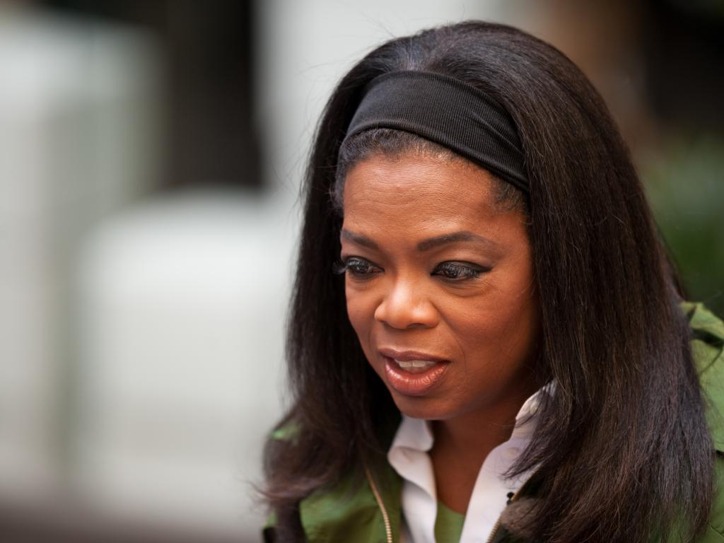 Oprah sells a quarter of her Weight Watchers stake