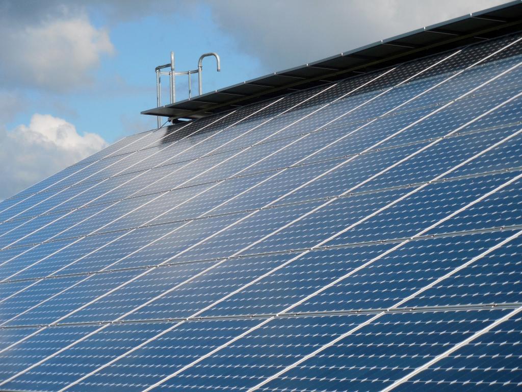 First Solar Inc. (FSLR) gets Neutral status at Janney Montgomery Scott