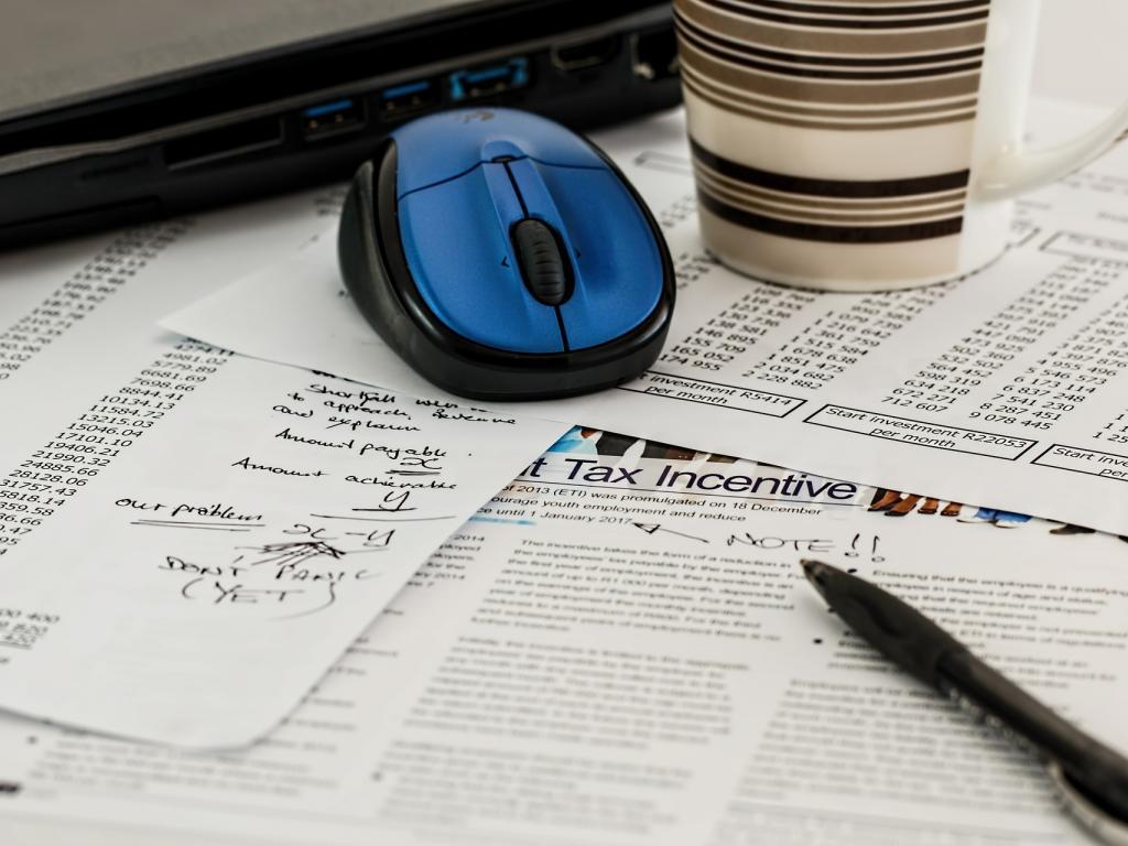 Federated Investors Inc. PA Has $883000 Stake in Intuit Inc. (INTU)