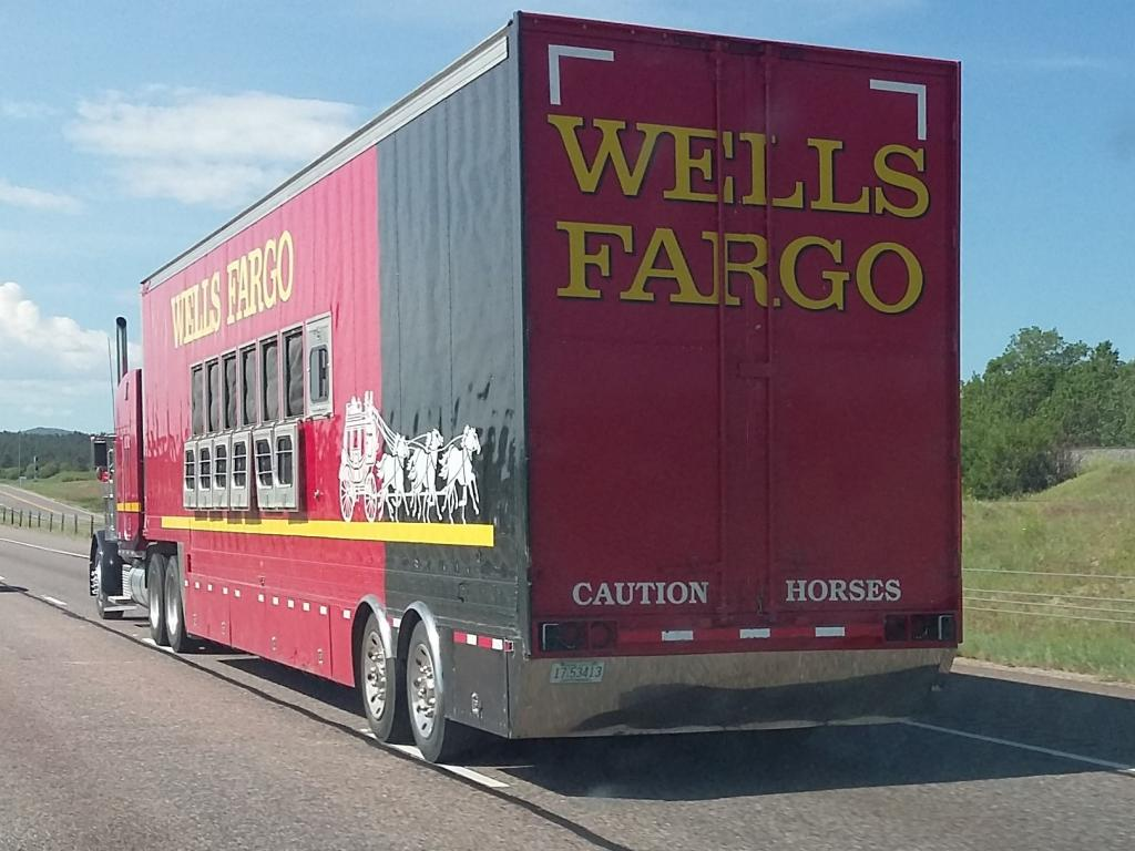 Wells Fargo &'s (NYSE:WFC) Buy Rating Reiterated at Deutsche Bank AG