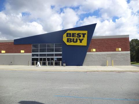 Best Buy's Showrooming Battle Continues