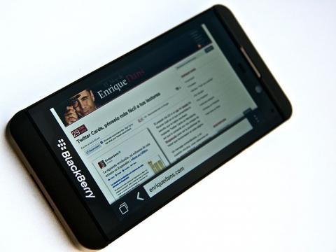 BlackBerry Workforce Expected To Plummet