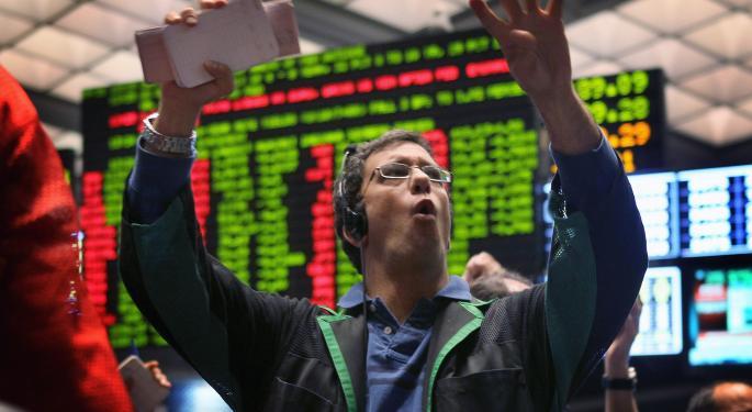 Weaker Payrolls Dampen Rate Outlook, Support Gold Demand