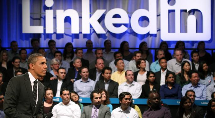 LinkedIn & Facebook At Loggerheads In The Social Workspace