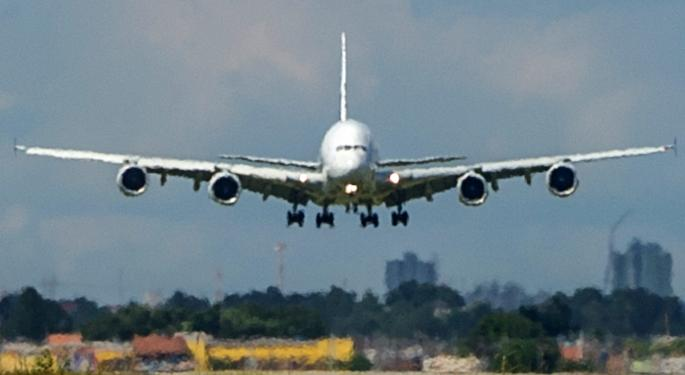 4 Analysts Agree: Airliner Alpha Potentially Facing A Layover