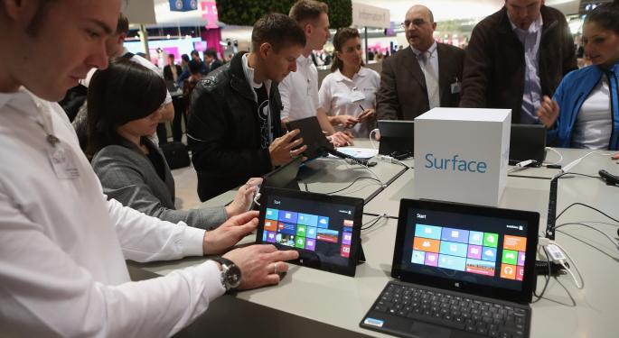 Surface Pro Price Cut: New Marketing or Preparation for Surface 2? MSFT, AAPL, AMZN