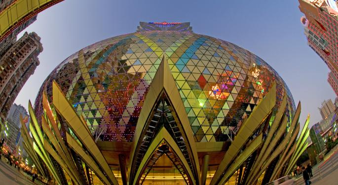Hotel Corporations Vie for Luxury Market in China