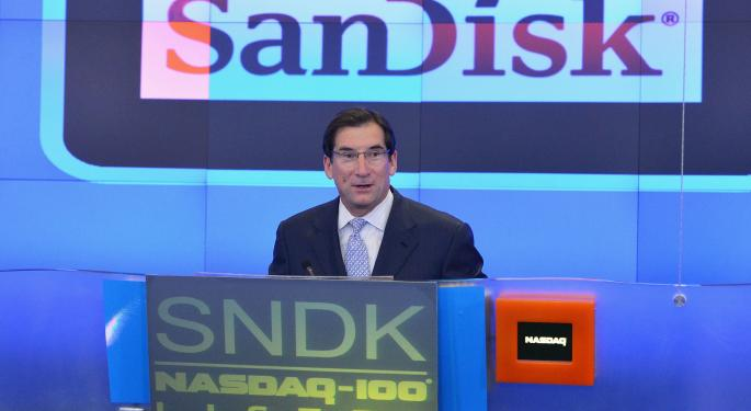 Morgan Stanley Downgrades Sandisk, Says Headwinds Are 'Intensifying'