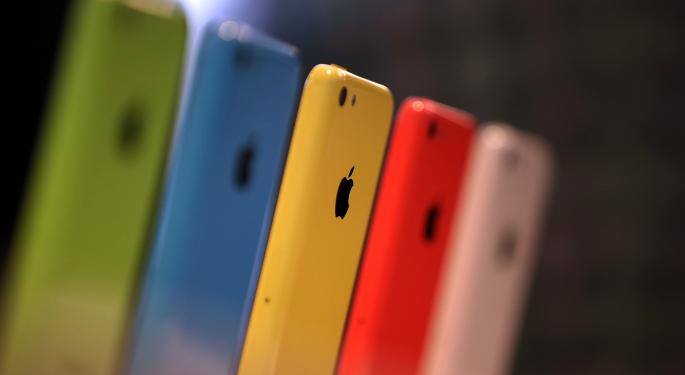 Retailers Vie for the Best iPhone 5C Discounts