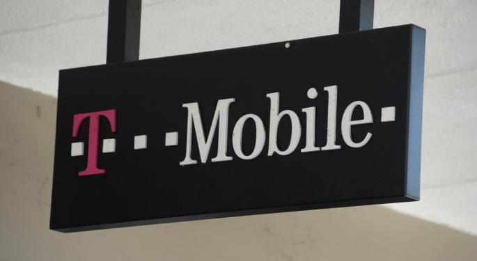 Oppenheimer: Bidding War Brewing For T-Mobile US Inc.?