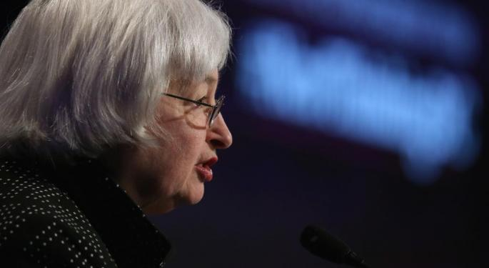 Fed Won't Raise Rates, Cuts 2015 GDP Forecast