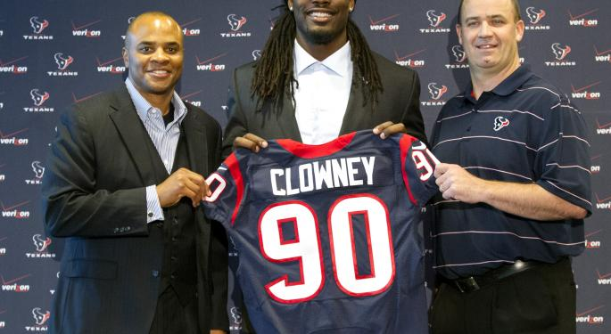 Clowney Is Top Pick: Sports Business Wrap For The Week