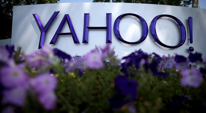 Yahoo Says Alibaba Spin-Off Is On Track, Shares See Relief