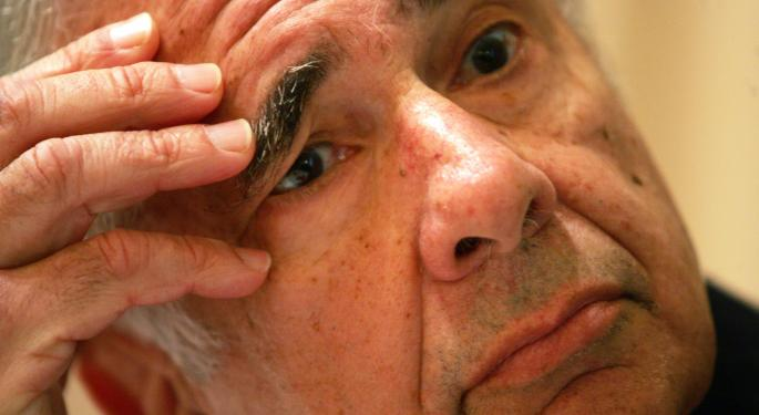 Icahn Discloses Large Position In Apple, Says More To Come
