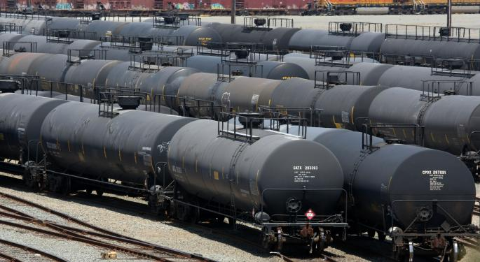 3 Sectors Expected To Benefit From The Oil-By-Rail Surge