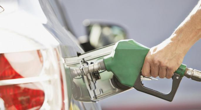 5 Stocks To Cash In On Low Gas Prices
