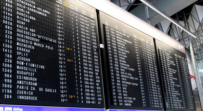 What Airport Costs Say About Airlines' Margins, Competitiveness