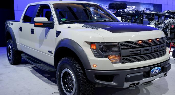 Ford F-150 Ousts Toyota Camry in US Production F, TM