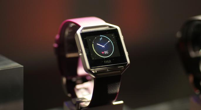 Stifel Cuts Fitbit's Target By Nearly 50%, But Is Still Bullish