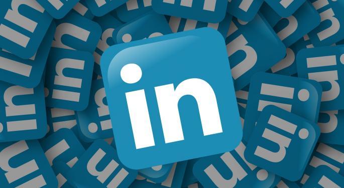 MKM Downgrades LinkedIn, Warns Jobs Growth Tailwind Could Turn Into Headwind