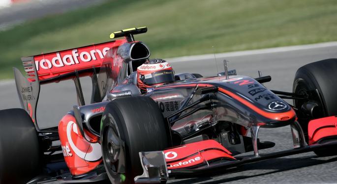Michael Kors To Become Lifestyle Partner For McLaren-Honda's Formula 1 Team
