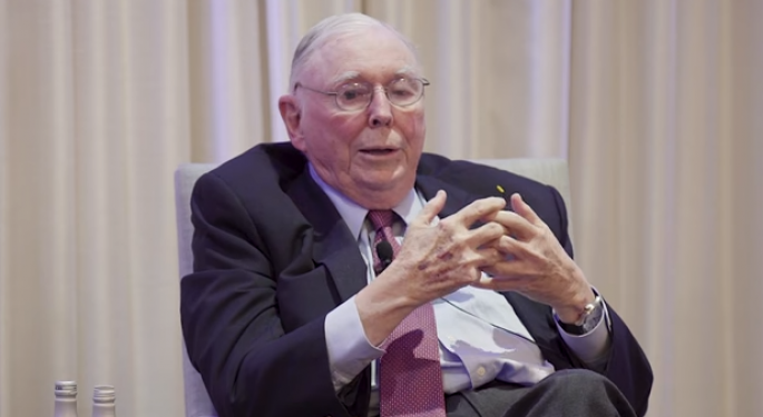 Charlie Munger Talks Health Care, Why Banks Make A 'Dangerous' Investment, And Calls Bitcoin 'Noxious Poison'