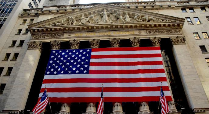 Make Bank Of America Great Again; Analyst Prefers This Stock Into Year End