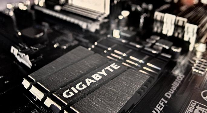 Changing Chip Dynamics May Favor Advanced Micro Devices Over Intel
