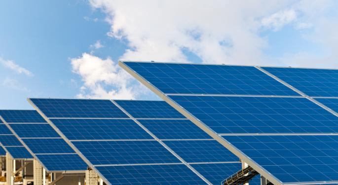 Short Sellers Pile on to Real Goods Solar, Retreat from SunEdison AEIS, RSOL, SUNE