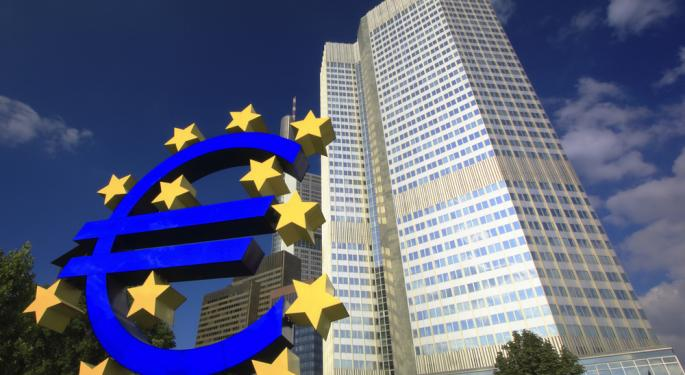 Euro Holds Steady on U.S. Fiscal Cliff Talks