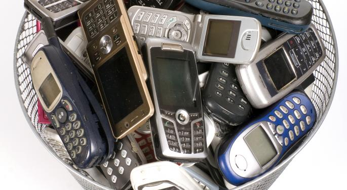 New Study Finds $47 Billion Worth Of Cell Phones Gathering Dust