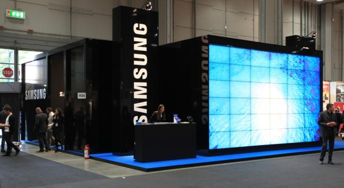 Samsung Devours Apple's Profits