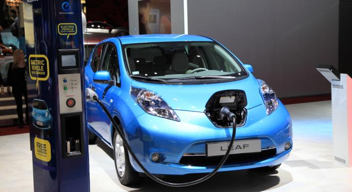 Nissan Brings More Electric Vehicle Component Production to U.S.