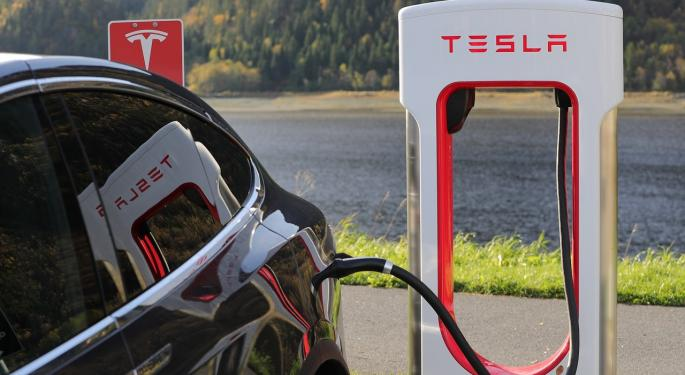 Tesla Is To Vehicles What Apple Was To Cell Phones, According To This Analyst